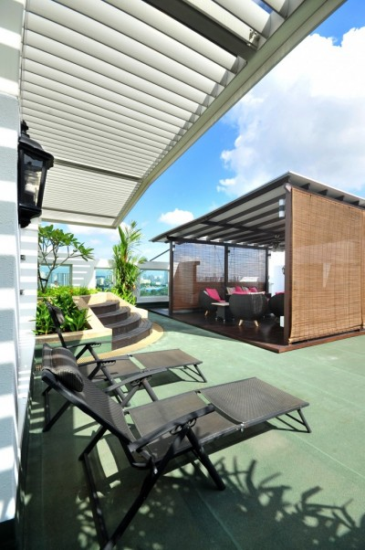 Blossoms Penthouse - Roof Terrace with Sun Loungers