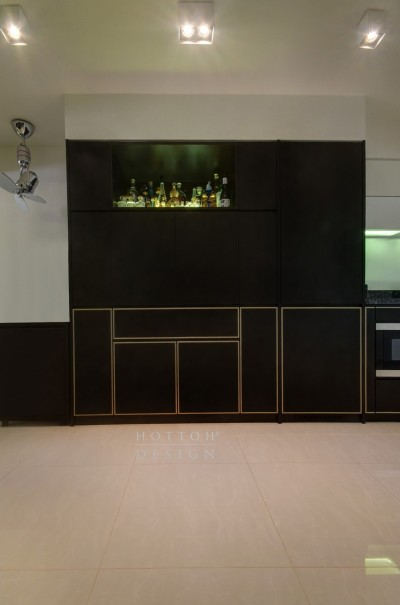 Bespoke pantry cabinets with display unit