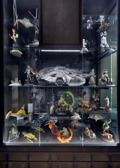 One Canberra - Display Cabinet in the Room for Star Wars Collections