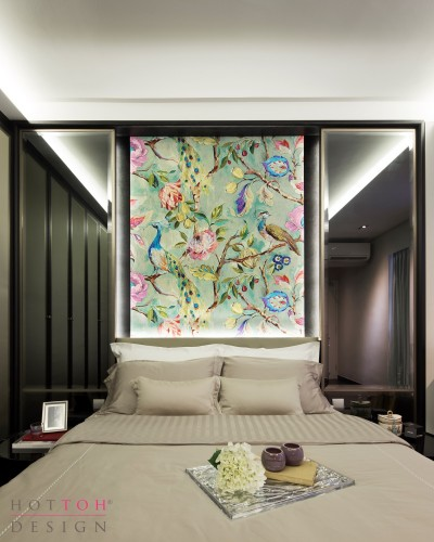 Master bed with Oriental motif backdrop